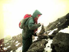 Nevado de Toluca 4 de nov 012  Haciendo esculturas de piedra