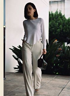 Casual and chic outfit for the office! Karla Deras, Looks Style, Looks Cool, Style Me, Passion For Fashion, Love Fashion, Fashion Looks, Timeless Fashion, Casual Outfits