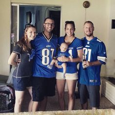 #halftime of the #detroitlions game. #lions are looking awesome! The #interception at the end of the half saved us #nfl #startingoutright #l4l #love