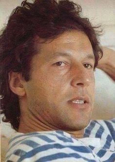 Imran Khan Pakistan, Wallpaper App, Sky Aesthetic, Celebrities, Celebs, Celebrity, Famous People