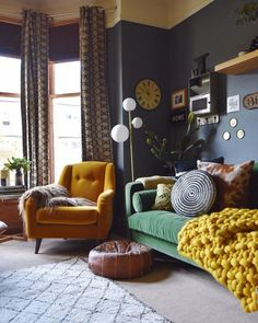 Find tons of decor inspiration in this quirky and colorful home in the UKBold and versatile home decor styling ideas apartment eclectic living room designs with a beautiful blend of interior art SHAIROOM. Home Interior, Home Living Room, Interior Design Living Room, Living Room Furniture, Living Room Designs, Interior Livingroom, Living Room Trends, Decor Room, Home Decor