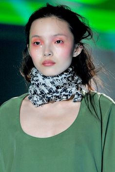 Vivienne Westwood - Fall 2012 Ready-to-Wear - Look 22 of 92
