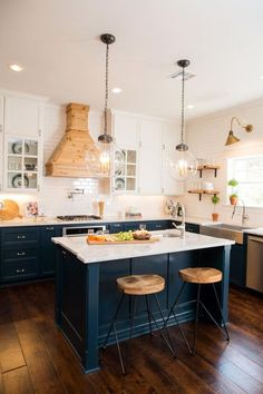 Best 50 Blue Kitchens - That you Need to See The Best 50 Blue Kitchens – That you Need to See.The Best 50 Blue Kitchens – That you Need to See. Navy Blue Kitchen Cabinets, Diy Kitchen Cabinets, Kitchen Cabinet Colors, Kitchen Islands, Kitchen Counters, Wood Cabinets, White Cabinets, Kitchen Shelves, Sink On Island