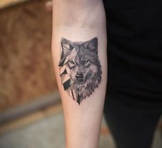 wolf tattoo design  Angry wolf tattoo design