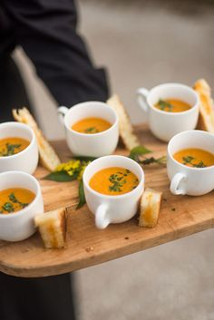 25 Reasons to Love an Outdoor Fall Wedding There is no reason you can& serve grilled cheese and tomato soup at your wedding! Fall is made for comfort food. The post 25 Reasons to Love an Outdoor Fall Wedding & Wedding Inspiration appeared first on Food . Wedding Appetizers, Soup Appetizers, Wedding Canapes, Appetizer Ideas, Canapes Ideas, Cocktail Party Appetizers, Indian Appetizers, Mini Foods, Wedding Catering