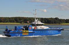 http://koopvaardij.blogspot.nl/2016/10/thuishaven-rotterdam_12.html  LIZ V Bouwjaar 2013, imonummer 9656462, grt 159 Gebouwd Neptune Shipyards Aalst B.V., Aalst / 383