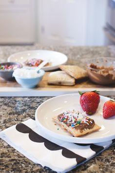healthy-ish homemade pop tarts  #raeannkellypins #rakpinparty