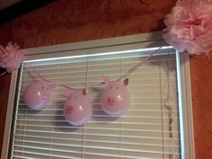 Decorations for Piggy Party