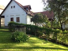 the house from the garden - Bukk