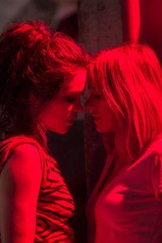 50 Shades of Grey: Serie Gay Aesthetic, Couple Aesthetic, Cute Lesbian Couples, Lesbian Love, Series Lgbt, Girlfriend Goals, Album Cover, Girl Couple, 2 Girl