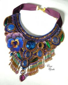 Russian beadwork artist and jeweler Olga Orlova - Beauty will save Bead Embroidery Jewelry, Soutache Jewelry, Beaded Embroidery, Beaded Jewelry, Beaded Necklaces, Beadwork Designs, Seed Bead Necklace, Seed Beads, Handmade Beads