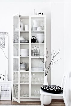 white on white - found on regineskreativiteter. Love the black house.