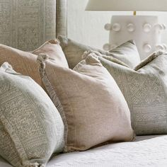 interior design Curtains Made Simple, Teapot Lamp, Printed Cushions, Cushion Filling, Rustic Elegance, Eclectic Style, Room Set, Soft Furnishings, Simple Designs