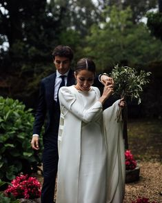 Wedding Dresses A Line Organza Country Wedding Dresses, Black Wedding Dresses, Pinina Tornai Wedding Dresses, Witch Wedding, Wedding Gifts For Groom, Alternative Wedding, Wedding Looks, Ball Dresses, Marie