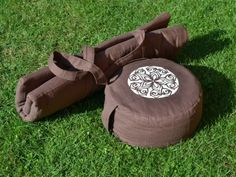 Klobouček s krempou nebo kšiltem Diy And Crafts, Sewing Patterns, Blog, Tela, Turbans, Creative, Blogging, Patron De Couture, Dress Patterns