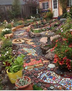 IMA Instructor Carol Bevilacqua's Installation Accepted Into MAI Exhibit! — Institute of Mosaic Art - Best Picture For garden inspiration For Your Taste You - Backyard Garden Design, Backyard Landscaping, Landscaping Ideas, Mosaic Walkway, Dream Garden, Garden Paths, Walkway Garden, Garden Inspiration, Outdoor Gardens