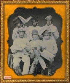 ca. 1850's, [daguerreotype group portrait of plasterers wearing hats, caps, holding palettes, hod, trowels]    via the Daguerreian Society, Matthew R. Isenburg Collection