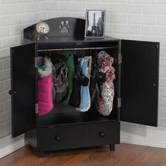 A wardrobe to keep all of your little dog's clothes and accessories organized ~ this is too cute!