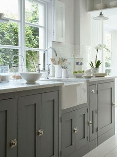 grey cabinets and farmhouse sink.I will have a farmhouse sink! Grey Kitchen Cabinets, Painting Kitchen Cabinets, Kitchen Paint, Kitchen Redo, Kitchen And Bath, New Kitchen, Grey Cupboards, Shaker Cabinets, Kitchen Units