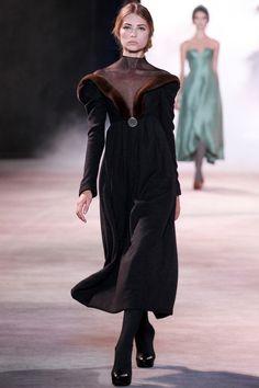 Ulyana Sergeenko - Haute Couture Fall Winter - Shows - Vogue. Fashion Week, High Fashion, Fashion Show, Fashion Design, Fashion Goth, Couture Fashion, Runway Fashion, Womens Fashion, Ulyana Sergeenko