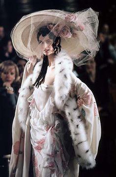 1998 - Galliano 4 Dior Couture show