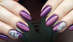 Me, Myself & I Gel Brush by Indigo Educator Emilia Tokarz, Kraków #nails #nail #indigo #indigonails #cateye #violet #sexy #hot