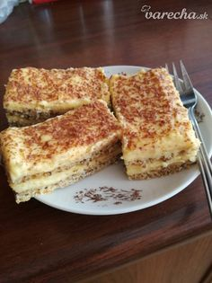 Snehové rezy (fotorecept) - recept | Varecha.sk High Sugar, Cake Recipes, French Toast, Sweet Tooth, Deserts, Food And Drink, Gluten, Cookies, Baking