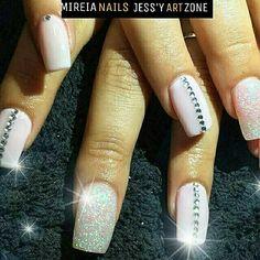 Shine nails strass glitter by instagram @mireia_nails