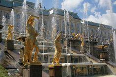 Peterhof Palace. St. Petersburg, Russia