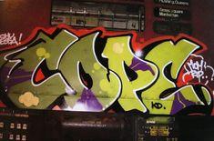 75 best Free Graffiti Fonts - the Ultimate list of graffiti fonts & typefaces Graffiti Images, Graffiti Words, New York Graffiti, Graffiti Writing, Graffiti Artists, Free Graffiti Fonts, Graffiti Lettering, Hand Lettering, 3d Street Art