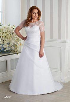 Svadobné šaty pre moletky až do veľkosti 60, Svadobný salón Weda v BA One Shoulder Wedding Dress, Salons, Wedding Dresses, Fashion, Bride Gowns, Lounges, Wedding Gowns, Moda, La Mode