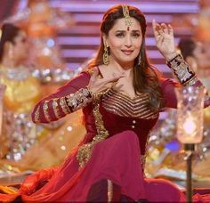 Madhuri Dixit. Filmfare 2014. Timeless Elegance.