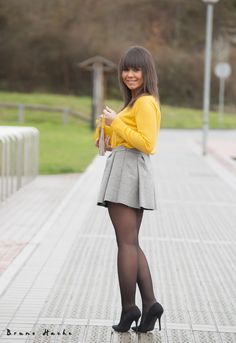 Unique summer months or maybe winter, when there is something that any of us constantly wear, it can be socks Pantyhose Fashion, Pantyhose Outfits, Nylons And Pantyhose, Cute Dress Outfits, Sexy Outfits, Cute Dresses, Vintage Dresses, Black Leather Pencil Skirt, Dress With Stockings