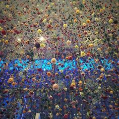 Installation 'Flowers 2015:Outside In' Artist Rebecca Louise Law Brings Flowers to Times Square: 16.000 flowers hang from the ceiling in the lobby of the Viacom building
