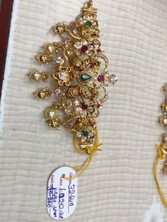 Gold Chain Design, Gold Jewellery Design, Cz Jewellery, Latest Jewellery, Bridal Jewellery, Gold Necklace Simple, Gold Jewelry Simple, Short Necklace, Indian Jewelry Earrings