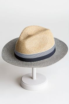 Stetson Fedora, Fedora Hat, Evening Movie, Safari Hat, Out To Lunch, Warm Weather Outfits, Flat Cap, Dress Hats, Caps Hats