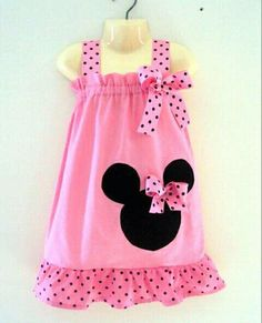Minnie Mouse dress I have seen. Kylie wants stuff for our vaca she out grew all her custom Mickey clothes. Minnie Dress, Pink Minnie, Little Dresses, Little Girl Dresses, Girls Dresses, Sewing For Kids, Baby Sewing, Toddler Dress, Baby Dress