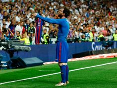 Messi heroic, as Barcelona opens up La Liga race with thrilling win in El Clasico