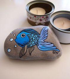 Hey, ich fand diesen wirklich tollen Etsy-Eintrag bei www.etsy.com / …  - #auf #Dieses #EtsyListing #fand #großartige #Hey #Ich #wirklich #wwwetsycom - #KinderZimmer Pebble Painting, Pebble Art, Stone Painting, Stone Crafts, Rock Crafts, Art Pierre, Stone Interior, Hand Painted Rocks, Painted Stones