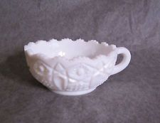 White Milk Glass Nappy Handled Bowl dish Quintec Hobstar Kemple, McKee, LE Smith