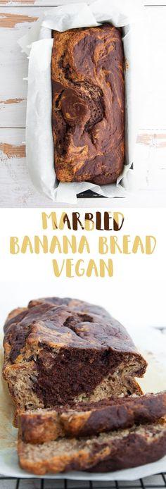 Marbled Banana Bread (vegan) via Elephantastic Vegan Bread Muffin Recipes Banana Bread Bars, Vegan Banana Bread, Chocolate Banana Bread, Coconut Dessert, Oreo Dessert, Brownie Desserts, Mini Desserts, Gula, Vegan Dessert Recipes