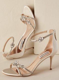 15 ideas for wedding shoes gold heels badgley mischka Stilettos, Pumps Heels, Stiletto Heels, Gold Heels, Bride Shoes, Wedding Shoes, Bridal Accessories, Fashion Accessories, Wedding Jewelry