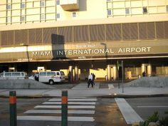 Los principales aeropuertos de Florida reabrirán el tráfico aéreo mañana