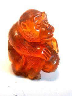 Vintage Japanese amber netsuke 2 Playful Monkeyssiged by utamaro