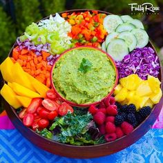 #FullyRaw Rainbow Salad & Low-Fat Guacamole! You can have your GUAC and eat it too!  NEW RECIPE VIDEO link in profile! Who's ready to dip in?!