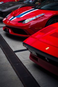 Ferrari. Follow @y_uribe for more pics.