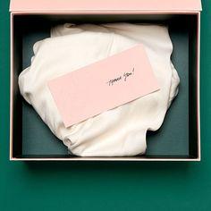 #cake #pasta #chocolate #box #kutu #gift #hediye #matbaa #kartonposet #hediyepaketi #hediye #butik #onlinesatis #matbaa #paket #kutu #lak #lokallak #shine #box #kutu #hediye #gift #paper #kagit #woman #kadın #erkek #man #dukkan #satis #butik #koleksiyon #istanbul by matbaabudur