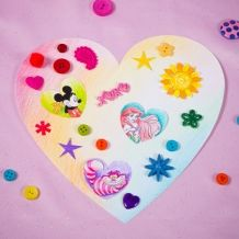 Kids will have a ball decorating this heart template with their favorite Disney characters and any other flair they desire. Disney Valentines, Valentines Day Party, Valentine Day Crafts, Love Valentines, Heart Template, Butterfly Template, Flower Template, Crown Template, Disney Diy