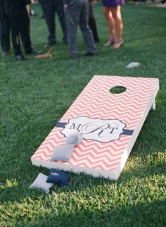 Chevron Cornhole Board   See the wedding on SMP: http://www.StyleMePretty.com/2013/06/10/heartstone-ranch-wedding-from-galas-by-gerry-lane-dittoe/ Lane Dittoe Photographer