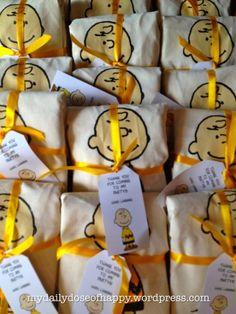 Charlie Brown tote bags